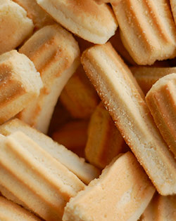 PEANUT BUTTER TEETHING BISCUITS